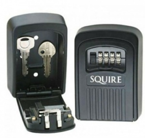 SQUIRE WALL MOUNTED KEY KEEP