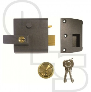 YALE NO. 1 AUTO DEADLOCKING NIGHTLATCH WITH 60mm BACKSET