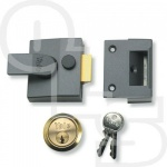 YALE 84 STANDARD NON-DEADLOCKING NIGHTLATCH WITH 40mm BACKSET
